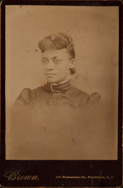 Cabinet Card Arfrican American Woman, Brown Studio Providence Rhode Island