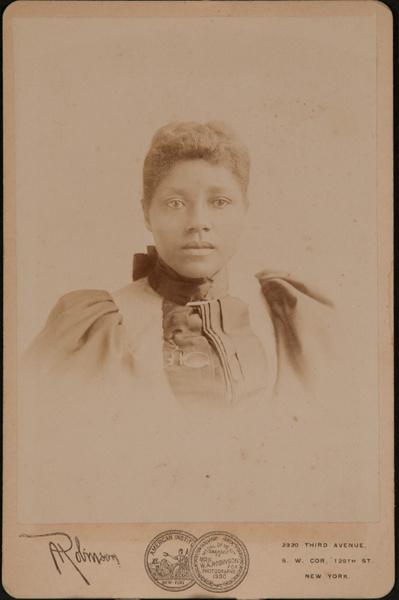 Cabinet Card Arfrican American Woman, Robinson Studio New York