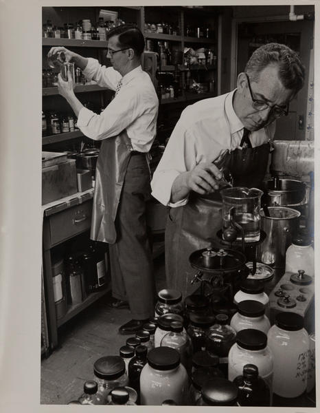 Dupont corporate communication photograph, Chemical Lab 3