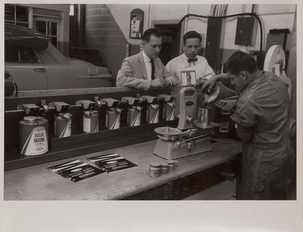 Dupont corporate communication photograph, autp paint laboratory