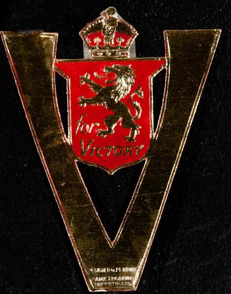 Victory, British Lion, Original WWII Label
