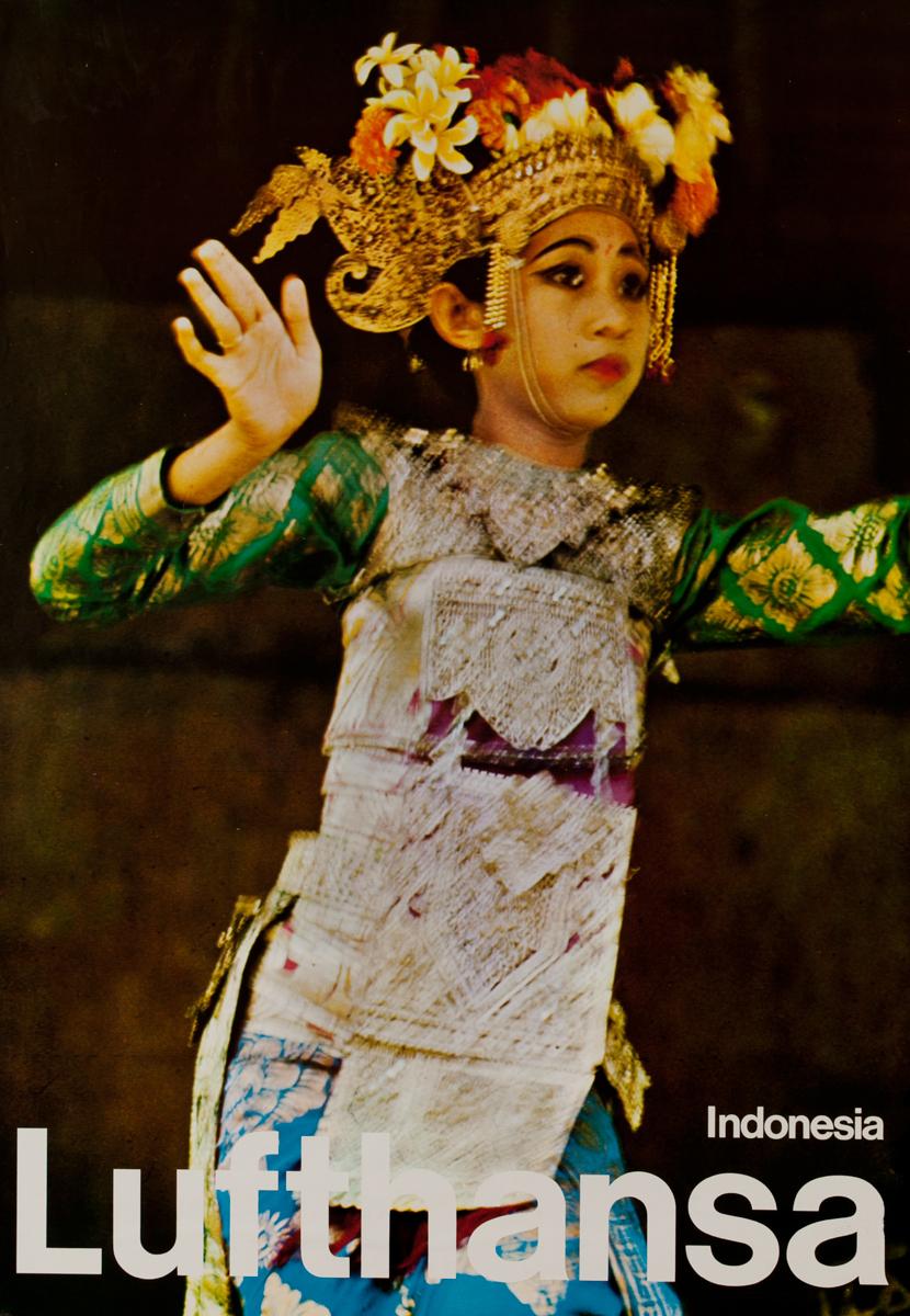 Lufthansa Indonesia, Dancer Photo
